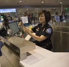 Nutzen sie die dafür vorgesehenen automaten bei der einreise. Mit Esta In Die Usa So Vermeiden Reisende Fehler Im Antrag Welt