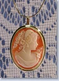 venus cameo hand carved in s by the di vinci artists