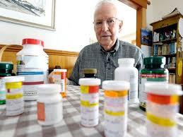 Resultat d'imatges de medicamentos y ancianos
