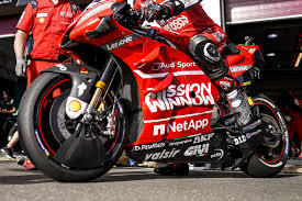 Ducati motor holding ceo claudio domenicali and ducati corse general manager luigi dall'igna, unveiled the new colours of the desmosedici gp20 bikes that the italian squad will field in the 2020 motogp world championship. Is Ducati S Aerodynamic Swingarm Motogp Legal Factories Protest Asphalt Rubber