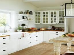 Small Farmhouse Kitchen Farmhouse Kitchen Decor Small Farmhouse Kitchens White Farmhouse