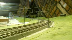 bayerndorf im tirol layout topics rmweb this includes a section where the overhead wires change and the relevant tensioning arrangements