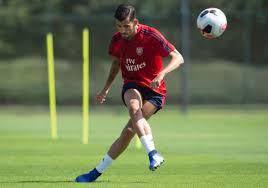 Bek muda arsenal, william saliba resmi dipinjamkan ke ogc nice hingga akhir musim. Gurjit On Twitter William Saliba Training After Completing His Transfer Arsenal