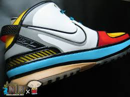 lebron 6 stewie. nlbnet exclusive zoom lebron vi 8220stewie8221 from the family guy lebron 6 stewie t