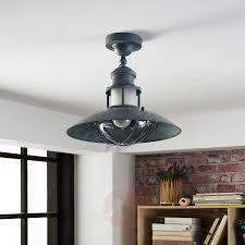 Plafondventilator Met Lamp Industrieel