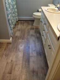 beautiful vinyl wood flooring bathroom amazing vinyl plank flooring in bathroom 1000 ideas about vinyl