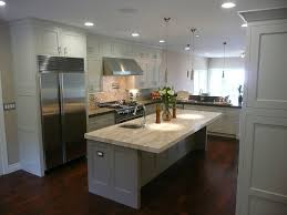 Delighful Kitchens With White Cabinets And Dark Floors Multiple Textures Inside Inspiration Decorating