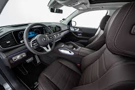 The spacious interior can now be outfitted with an optional third row of seats and features modern mercedes technology found in the company's latest luxury sedans. Mercedes Benz Gle 350 De Gets A Discreet Makeover Power Boost From Brabus Carscoops