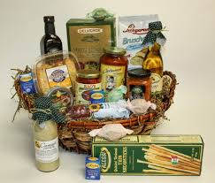 gifts baskets width