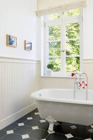Beadboardde Stilvolle Wandverkleidungen In Küche Und Badezimmer