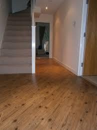cost of laminate floor laid