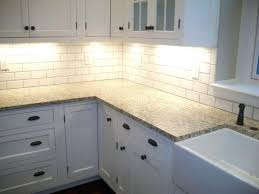 63 creative agreeable backsplash for white kitchen subway tile cabinet decor trends full size best cabinets pictures of kitchens with articles brown