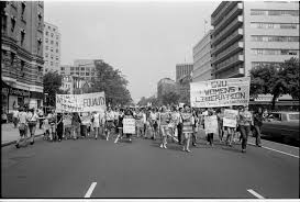 the s s american feminist movement breaking down barriers the feminist movement of the 1960s and 70s originally focused on dismantling workplace inequality such as denial of access to better jobs and salary