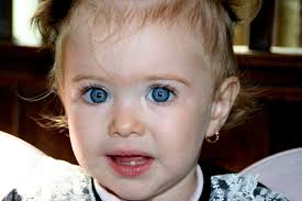 ハーフの子供の髪と目の色金髪の青い目の子は生まれるか ドイツ子育て生活