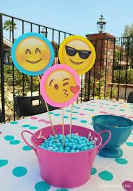 emoji party centerpieces diy inspired