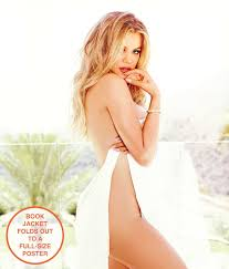 Strong Looks Better Naked Khlo Kardashian 9781942872481 Amazon.