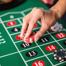 Monte Carlo 4-In-1 Multi Game Casino Table with Blackjack Roulette Craps  and Bar Table - Includes Accessories - On Sale - Overstock - 12707358