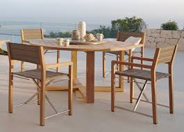 manutti siena round teak garden table