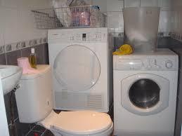 4 washing basins 2 showers plus 1 shower in bath tub 1 washing machine cun dryer plus 1 washing machine plus 1 dryer