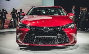 Toyota Camry Reviews | Toyota Camry Price, Photos, and Specs | Car ...