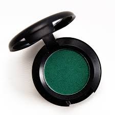 <b>MAC New Crop</b> Eyeshadow Review & Swatches
