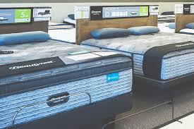 hassleless mattress employee free