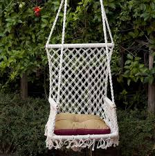 king hanging chair by hands thumbnail 1
