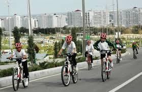 Развитие современной туркменской молодежи Новости Туркменистана Физическая культура и спорт предоставляют молодежи широчайшие возможности для развития утверждения и выражения своего Я