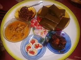 Buras, Makanan Khas Suku Bugis yang Wajib Ada Saat Hajatan - Lifestyle  Liputan6.com