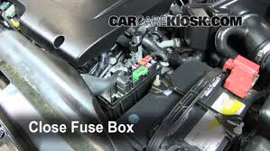 blown fuse check 2002 2006 nissan altima 2006 nissan altima se 3 5l v6 2006 nissan altima fuse box under hood 6 replace cover secure the cover and test component