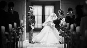 東京ウェディングスタイル実績no1のカメラマンが結婚式の写真を25000円