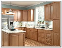 Honey Oak Kitchen Cabinets 1000 ideas about honey oak cabinets on pinterest oak kitchens 6293 by xevi.us
