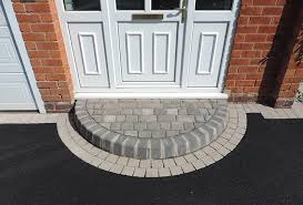 front door stepsBrick Door Steps  Decorative Doorway Entrance Patterns