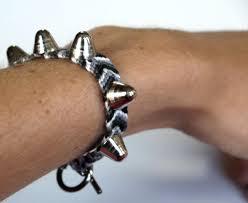 diy spiked chevron friendship bracelet