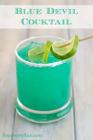 Best 25 Beach Cocktails Ideas On Pinterest  Alcoholic Drinks At Party Cocktails With Rum