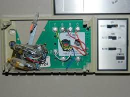 janitrol hpt18 60 thermostat wiring diagram janitrol goodman a24 10 heat pump won t come on after replacing thermostat on janitrol hpt18 60 goodman furnace thermostat wiring diagram
