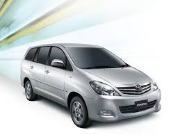 Facelifted Toyota Innova launched in India- Prices, Specification ...