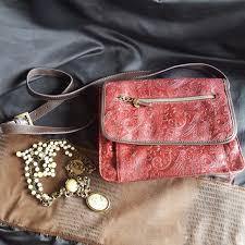 you re viewing relic purse 25 00
