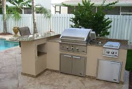 outdoor bbq grill island with granite countertop
