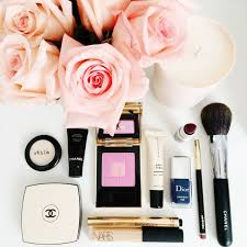 here are 25 seriously inspiring beauty flatlays from insram