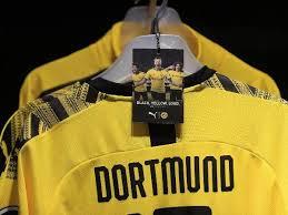 Dortmund, commonly known as borussia dortmund boˈʁʊsi̯aː ˈdɔɐ̯tmʊnt, bvb, or simply dortmund, is a german professional sports club based in dortmund. Bvb Aktie Aktuell Hoffnung Fur Champions League Ig De