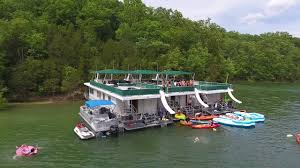 1992 gibson standard, 50' x 14' located on dale hollow lake, tn engines twin 454 gas cruising speed: Party On Dale Hollow Lake Youtube
