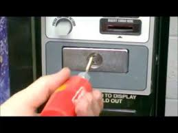 How To Break Into A Vending Machine For Money
