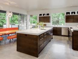 How To Choose A Kitchen Floor Color