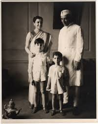 rajiv gandhi early life and career