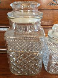 anchor hocking vintage wexford glass canisters sealing lids pressed glass diamond pattern kitchen canisters jars vintage 1970