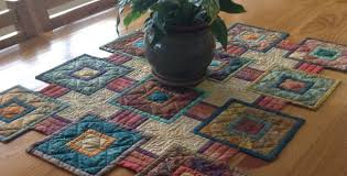 stepping stones quilt pattern for your next table runner