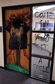 ... Halloween Office Door Decoration Ideas (03) ...