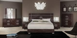 perfect modern italian bedroom. Italian Bedrooms Bedroom Furniture Brands Perfect On Sara Black And Gold Set With Door Wardrobes Designs Modern N