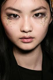the makeup look at burberry for fall 2016 beauor ca 2016 09 14 fall 2016 makeup trends